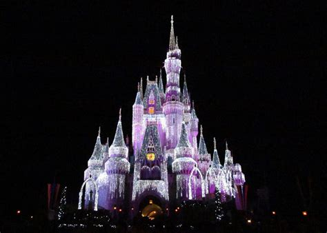 how disney creates the lights on cinderella castle