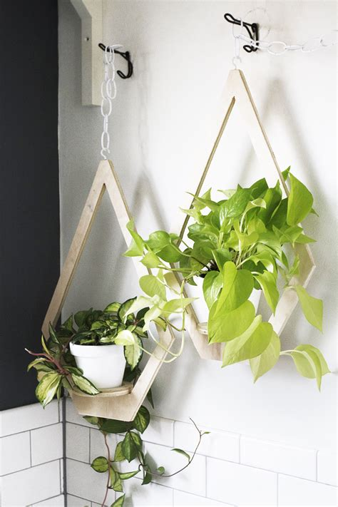 diy hanging planter diy plywood hanging planter deuce cities henhouse