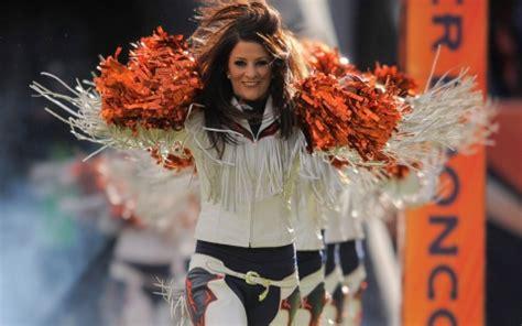 nfl cheerleaders admit  work doesnt pay  bills