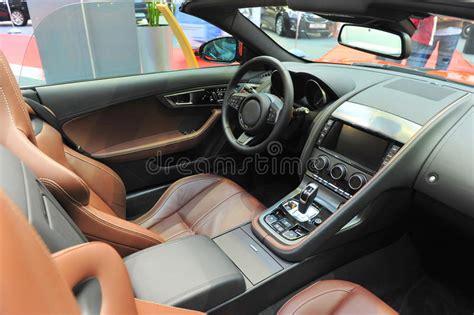 int 233 rieur de cuir d une voiture de sport convertible de jaguar image stock image 34395801