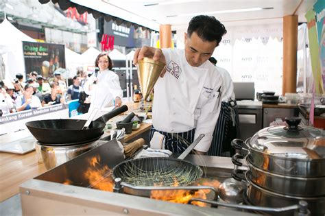 chef cuisine chefs compete for gold in times square culinary