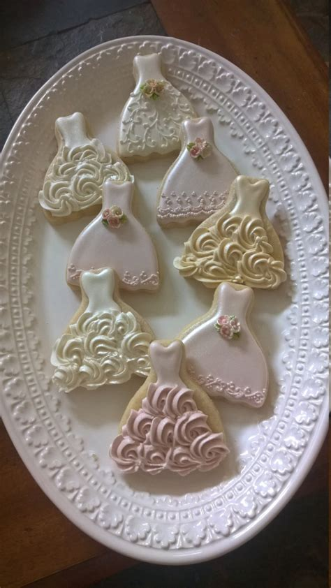 bridal shower cookie favors 50 pieces sized wedding dress cookies cookie