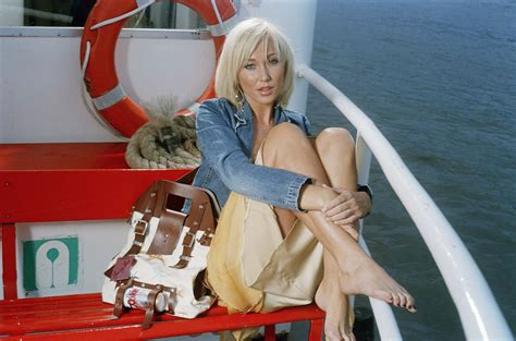 jenny frost wallpapers images  pictures backgrounds