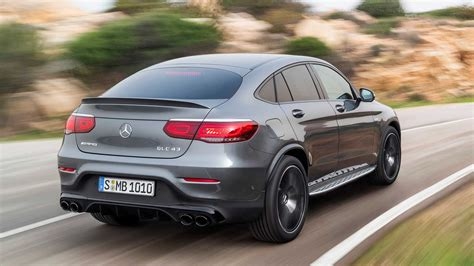 62.7 lakh (ex showroom) and the gle coupes price starts from rs. 2020 Mercedes-AMG GLC 43 Debuts With Updated Styling, 385 HP | Myroadnews.com