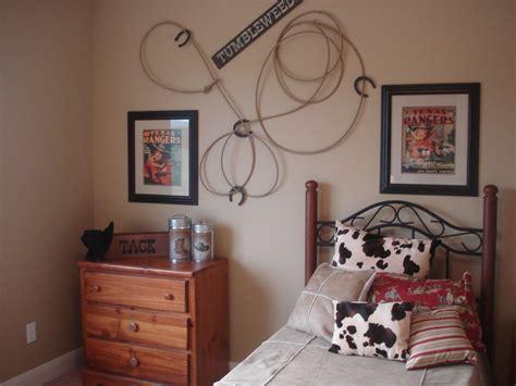 Roommate Decor - best 25 western rooms ideas on