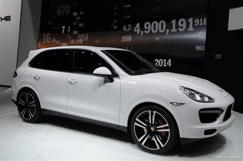 porsche cayenne review ratings specs prices