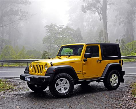 Jeep Wrangler Hd Picture by Wallpaper Jeep Wrangler Yellow Car 2880x1800 Hd Picture Image