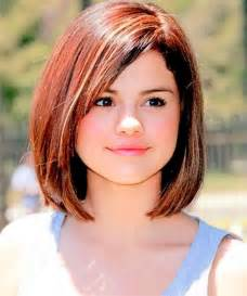 Short Hairstyles for Chubby Round Faces