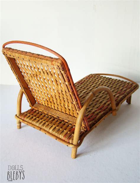 chaise longue rotin chaise longue rotin transat osier modèle ancien jouets