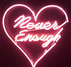 pink neon sign aesthetic
