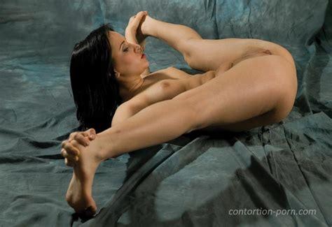 Contortionist Porn Image 257637