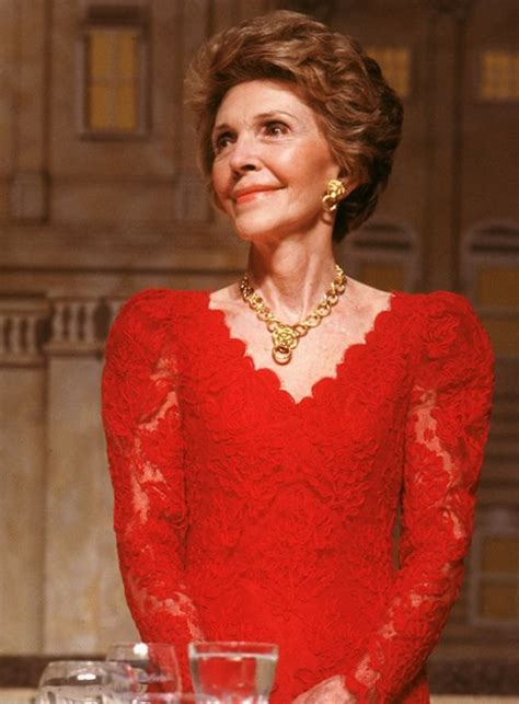 nancy reagan weight height  age body measurements