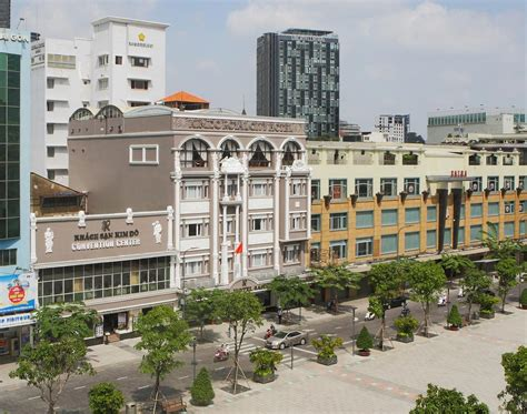 Royal Hotel Saigon  Ho Chi Minh City  Book Your Hotel. Beach Tower Atlantis Hotel. The Gateway Hotel Fatehabad Road Agra. Antik Hotel. Hotel Rennsteig. Rica Bodo Hotel. Pueblo Acantilado Suites. Diplomat Hotel. Rigat Park And Spa Beach Hotel