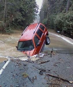 Car Crash: Cool Car Crash Pictures