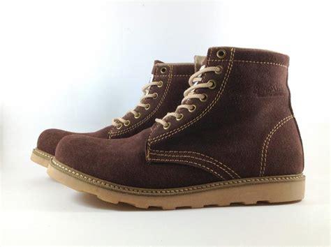 sepatu sandal custom melayani pesanan partai dan
