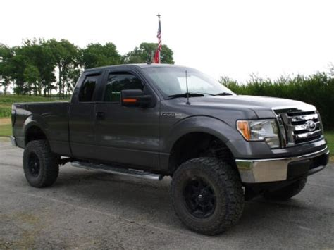 well loaded 2009 Ford F 350 Super Duty Lariat Diesel 4X4