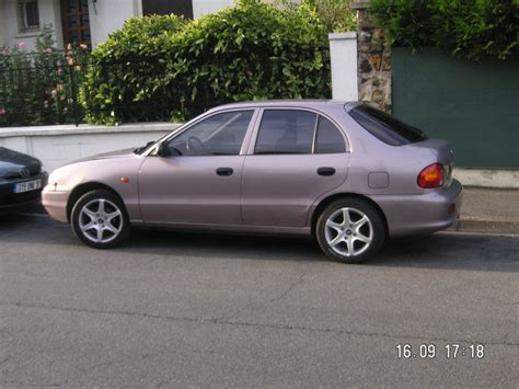 best hyundai pony view of hyundai pony 1 3 photos features and