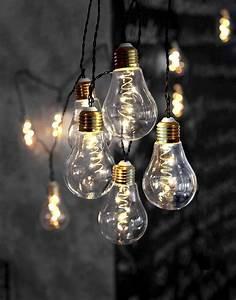 Bilder Mit Lichterkette : die besten 25 lichterkette gl hbirnen ideen auf pinterest lampe holz gl hbirne ast lampe und ast ~ Frokenaadalensverden.com Haus und Dekorationen