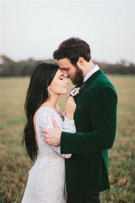 kacey musgraves wedding dress details berta handcrafted lace