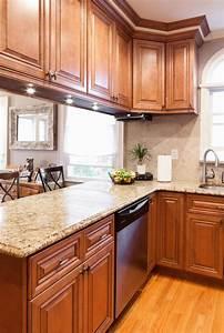 10, Moulding, On, Top, Of, Kitchen, Cabinet, Oak