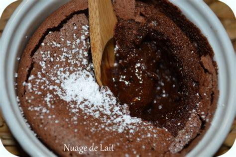 cuisine sans farine moelleux au chocolat sans farine sans gluten nuage de lait