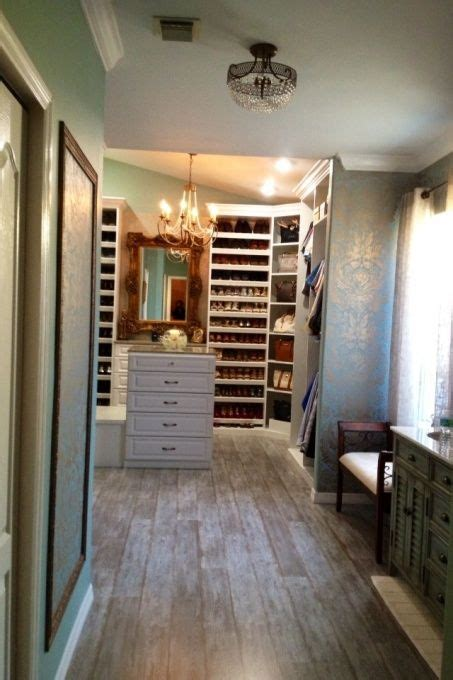 Closet Ideas For Master Bedroom by Walk In Closet Master Bathroom My Guest Bedroom Turn
