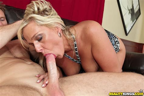 Horny nj milfs looking for love | amazinghealth com