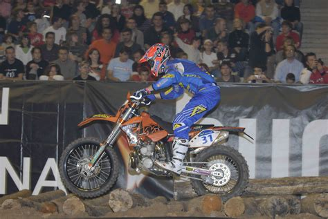 ktm riders  dominated  viii running   barcelona international indoor enduro top speed