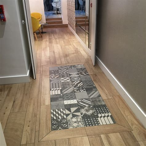 hotel elysee 8 stratifie carreaux ciment parquet entr 233 e carreaux ciment parquet