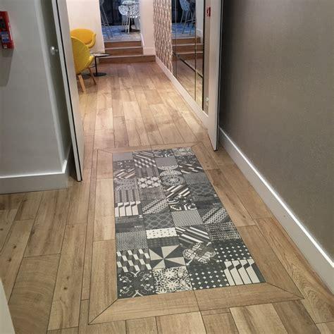 escalier entre cuisine et salon escalier entre cuisine et salon verri re r tro entre une