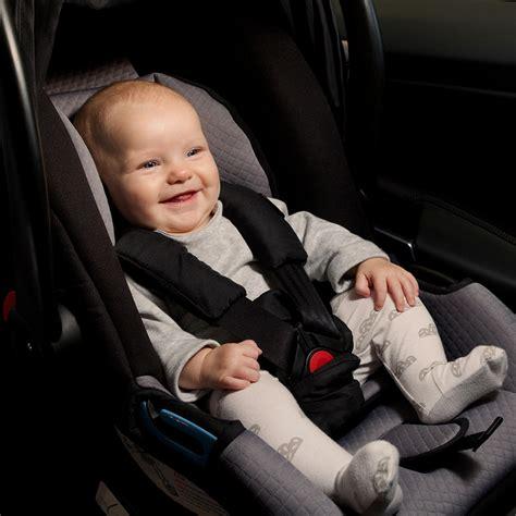 siege auto bebe 0 siège auto coque bébé protect noir et beige groupe 0 de