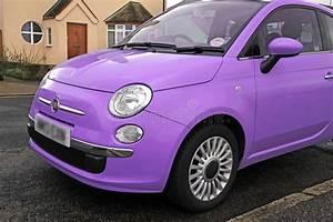 Fiat 500 Violet : petite voiture moderne de fiat 500 photo stock image du violet v hicules 37721230 ~ Gottalentnigeria.com Avis de Voitures