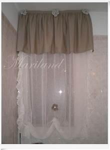 Tende e mantovane per cucina country decorazione di for Modelli di mantovane per tende da cucina