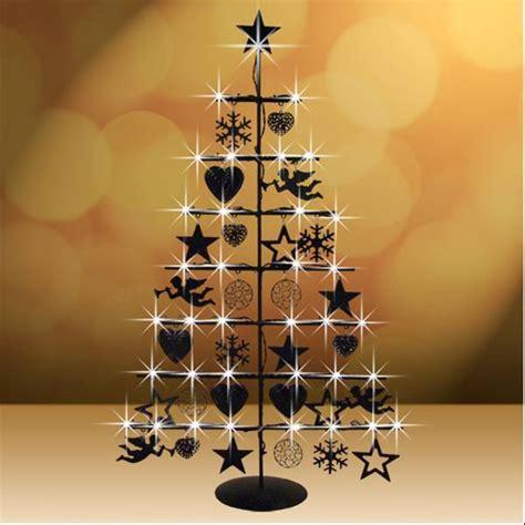 led weihnachtsbaum aus metall christbaum tischdeko
