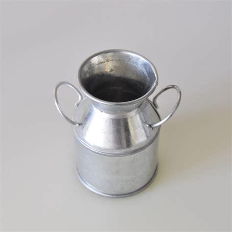 pot 224 lait en zinc argent maplusbelledeco