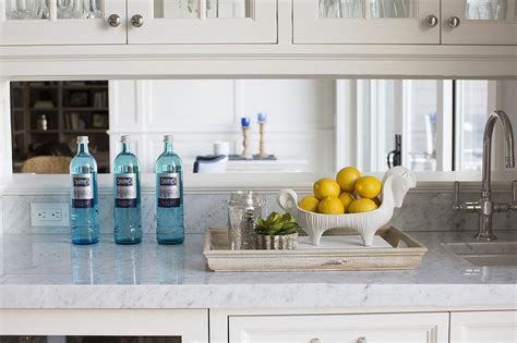 kitchen built  bar  mirrored backsplash