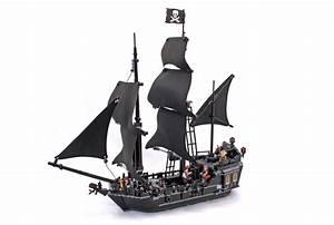 Black Pearl - LEGO set #4184-1 (Building Sets > Pirates ...