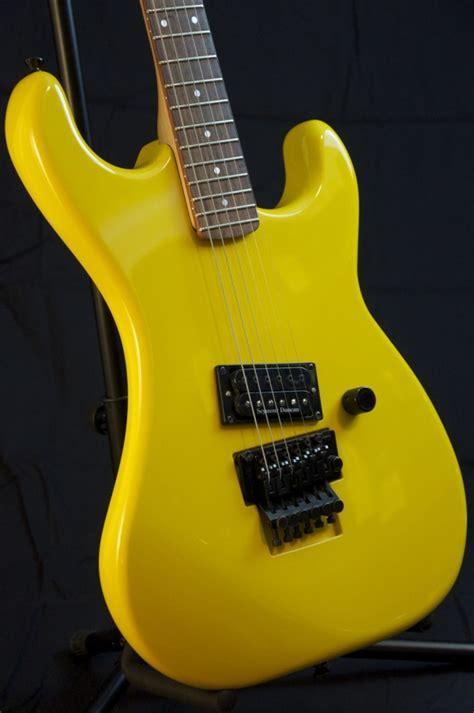 vintage  kramer baretta guitar van halen headstock