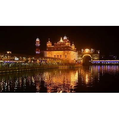 Photos: Golden Temple illuminated on eve of Diwali