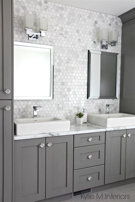 marble backsplash in hexagon shape with vanity cabinets