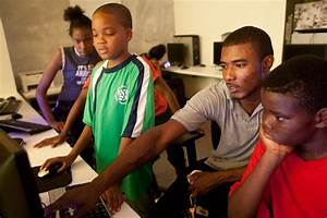 Dominican University students get involved on Chicago's ...