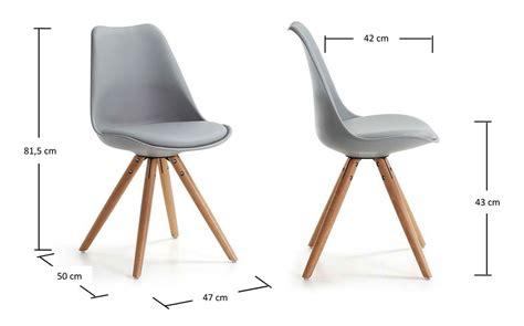 chaise hauteur assise 55 cm chaise achat chaise coque design grise pieds bois