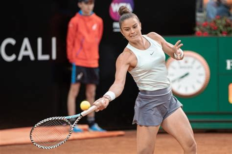 Born 25 july 1995) is a greek professional tennis player. Maria Sakkari's 2019 is not a point of arrival, but of beginning