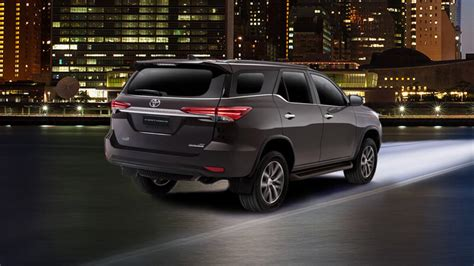 Toyota Fortuner 2017 Price in Pakistan with Pictures and