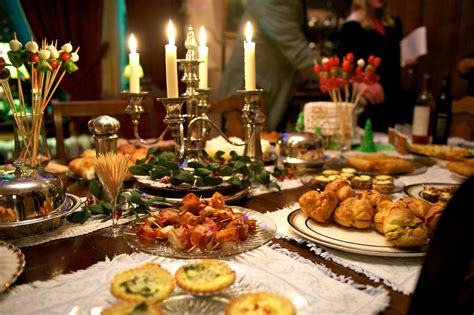 7 Best Options For Dining On Christmas Eve & Day In Dallas