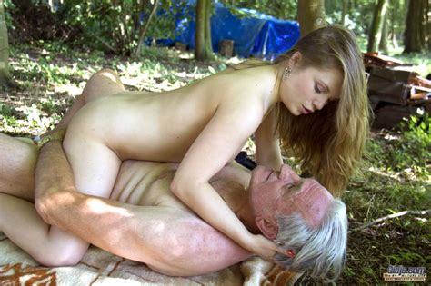 Young Slut Is Spanked By Her Daddy Before They Fuck In The