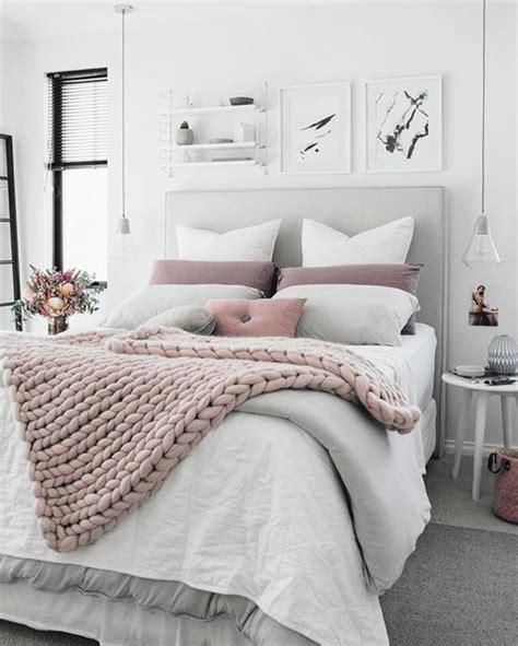 chambre en gris et blanc 1001 idées pour une décoration chambre adulte comment