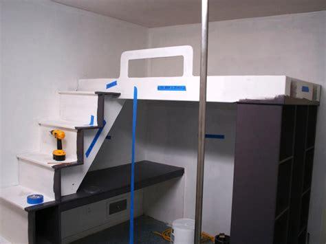 build  loft bed   desk  hgtv