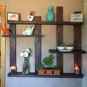 étagère En Palette : recycler des palettes de bois en 65 id es cr atives ~ Dallasstarsshop.com Idées de Décoration