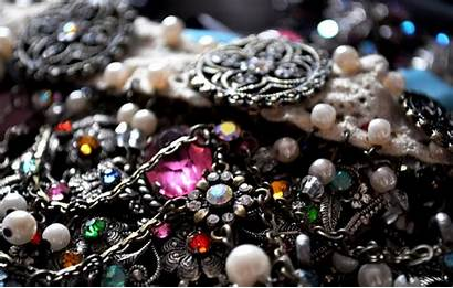 Jewelry Wallpapers Antique Items Antiques Collectibles Difference